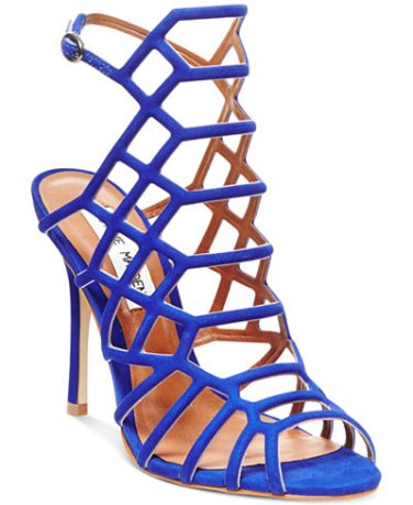http://www1.macys.com/shop/product/steve-madden-womens-slithur-caged-sandals?ID=2290105&CategoryID=13604#fn=SHOE_TYPE%3DSandals%26sp%3D1%26spc%3D872%26ruleId%3D78|BS%26slotId%3D6%26rdppSegmentId%3DCONTROL